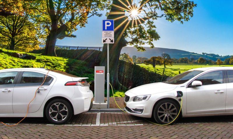 FAQ Preguntas frecuentes sobre el coche eléctrico en Barcelona y España