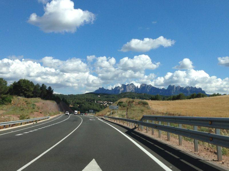 ¿Con qué Apps cargar tu vehículo eléctrico en Cataluña y España?